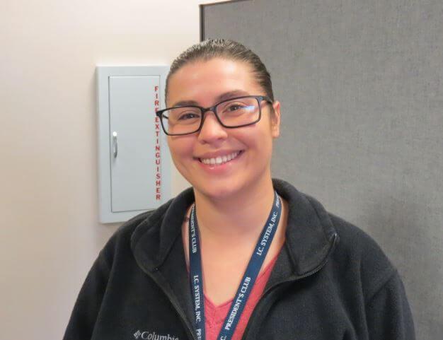 Headshot of Nicole Mueller